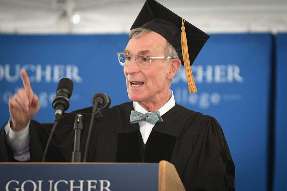 Bill Nye speaking to Goucher class of 2019 at commencement